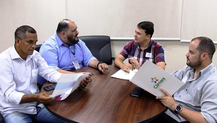 Vereadores de Coari acertam últimos detalhes para assinatura do 'Câmara Compartilhada'
