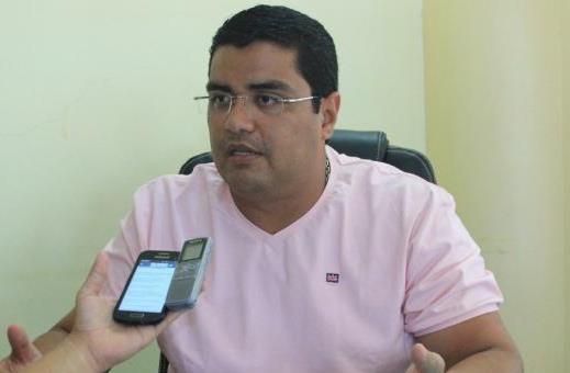 Ex-prefeito de Parintins terá de devolver R$ 5 milhões aos cofres públicos