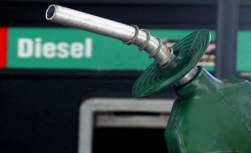 Governo divulga WhatsApp para que caminhoneiros fiscalizem desconto do diesel