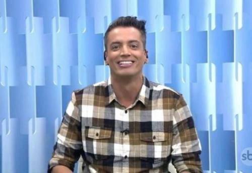 Leo Dias conta quem o salvou de ser demitido do SBT e faz nova revelação