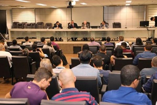 TRE-AM promoveu reunião multidisciplinar com chefes de cartório
