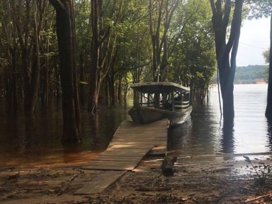 Adolescente morre em Manaus após colisão com embarcação da equipe da TV Globo