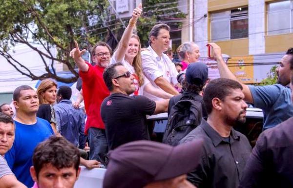 Em Manaus, Haddad manda Bolsonaro 'jair se acostumando' com a derrota