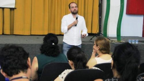 Escolas municipais passam a usar Diário Digital, em Manaus