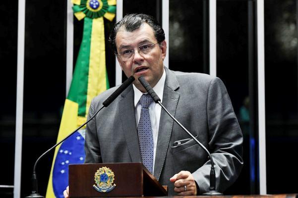 No Senado, Braga reafirma disposição para evitar privatização da Eletrobras Amazonas