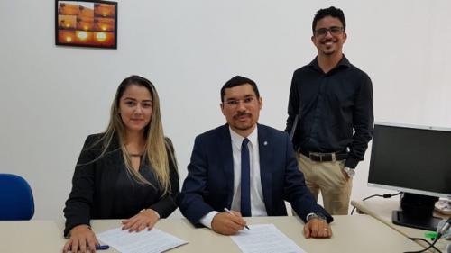 Comarcas de Nhamundá e Faro assinam Termo de Cooperação Técnica