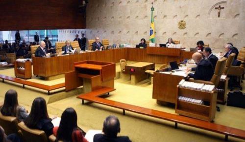 Maioria do STF mantém suspensão de ações policiais nas universidades