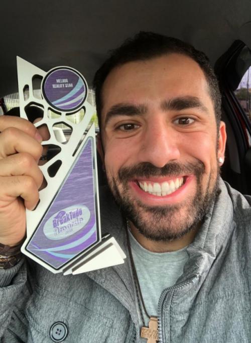 Kaysar Dadour recebe troféu BreakTudo Awards 2018 de Melhor Reality Star