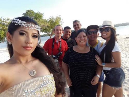 MINHA SELF |  Evelyn Lorena, nos bastidores de seu ensaio fotográfico de 15 anos