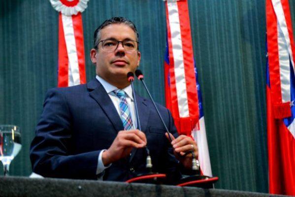 Josué Neto conta com o apoio de 17 deputados para presidência da ALE/AM