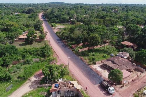 Inicia pavimentação da estrada que interliga Alter do Chão a Pindobal