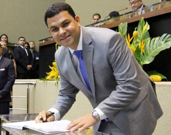 Juiz Eleitoral anula investigação contra deputado Saullo Vianna