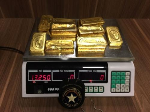 Alfândega apreende mais de 13 kg de ouro no aeroporto Eduardo Gomes