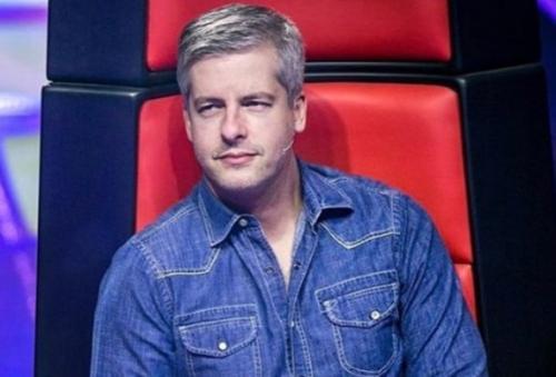 Após acusação, Victor se afasta do 'The Voice' e Globo se posiciona:'Repudiamos'