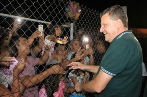 Em Manaus, prefeito de Chapecó fala sobre contato com sobreviventes