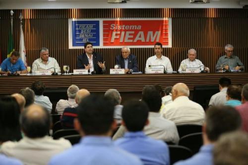 Empresários discutem mercado do pescado na FIEAM