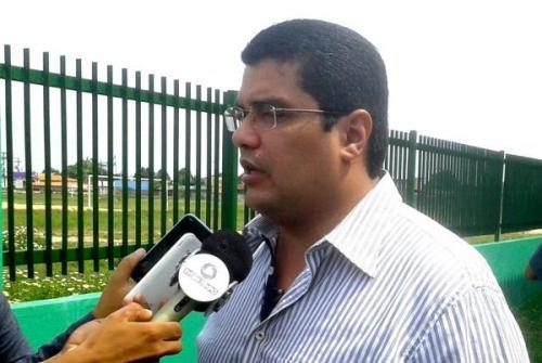 Ex-prefeito de Parintins tem contas reprovadas no TCE/AM