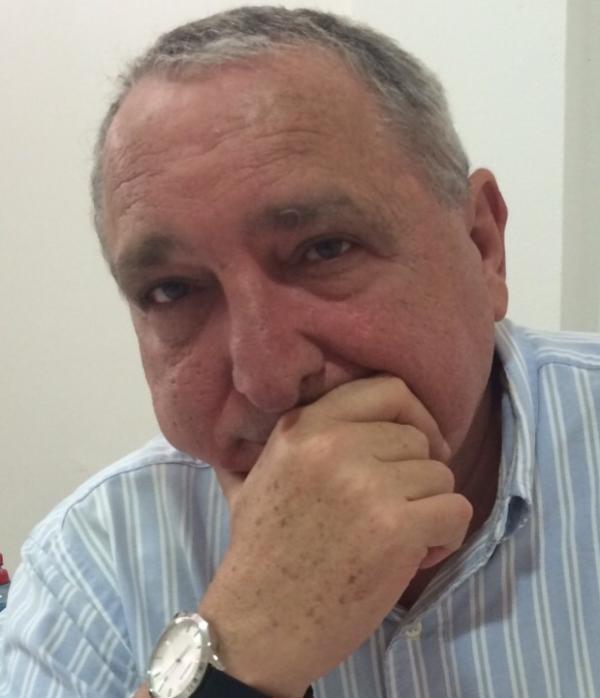 LEÃO AZULAY,  #Crise? Que crise?