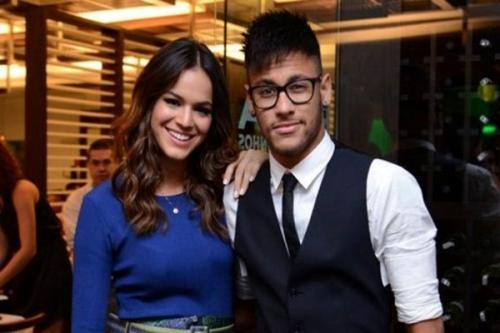 Neymar quer ficar noivo de Bruna Marquezine durante o réveillon