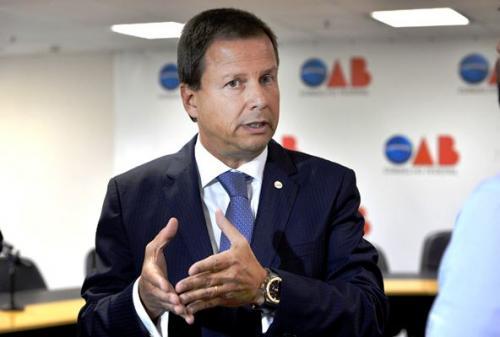Presidente da OAB quer afastamento imediato de Renan Calheiros