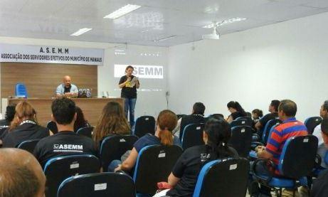 Servidores da Prefeitura de Manaus fazem assembleia extraordinária sobre salários